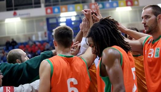 BC Barcelos vence em Algés