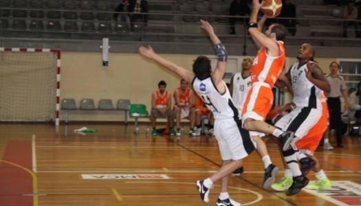 BC Barcelos triunfa nos Açores