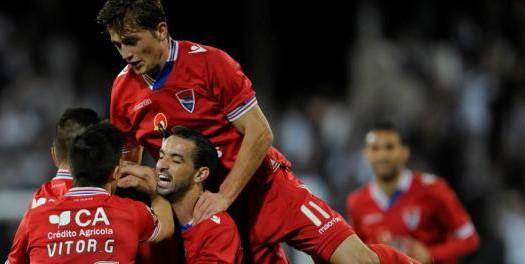 Gil Vicente vence o Vitória no derby minhoto