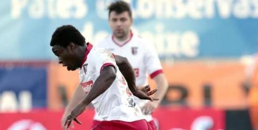 SC Braga vence em Olhão