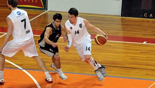 Vitória SC adianta-se no playoff de basquetebol