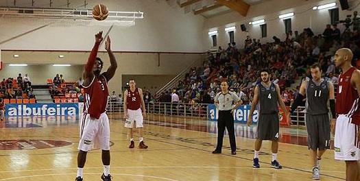Vitória SC volta a perder na final de basquetebol