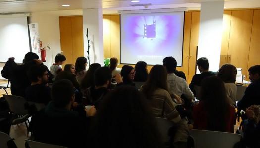 """Ciclo de cinema """"Quinta às Seis"""" promove debate sobre jornalismo"""