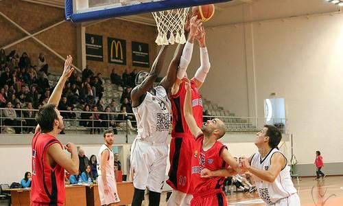 Vitória SC bate Maia Basket no fecho da fase regular