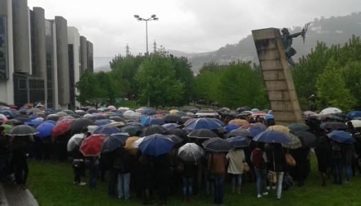 UMinho homenageia estudantes um ano depois da derrocada