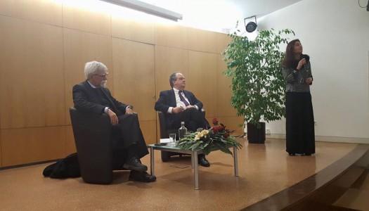 """Ministro da Cultura inaugura """"Diálogos: Da Literatura, às Ciências e às Artes"""""""