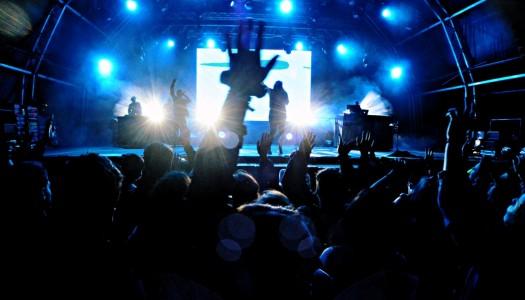 Músicos nacionais fazem furor na penúltima noite do Enterro da Gata'16