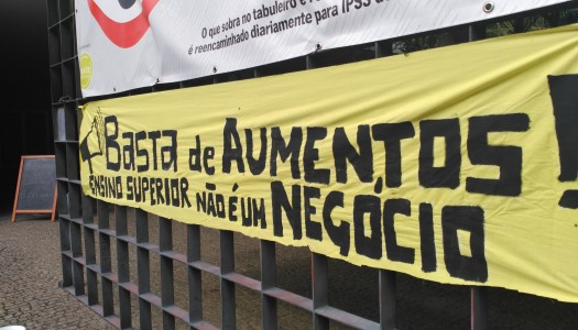 Protesto na UMinho contra aumento do preço das senhas na cantina