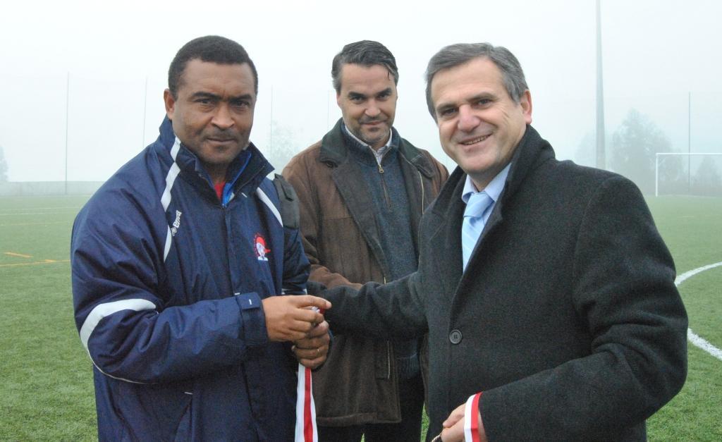 Francisco Pires, à esquerda, durante o Torneio de Futebol Jovem em 2011