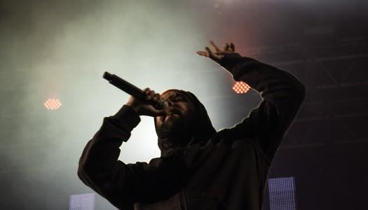"""Hip-hop foi """"rei e senhor"""" na penúltima noite do Enterro"""