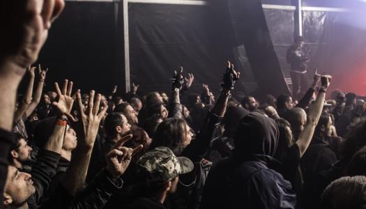 Governo reabre bares e discotecas, mas sem pista de dança