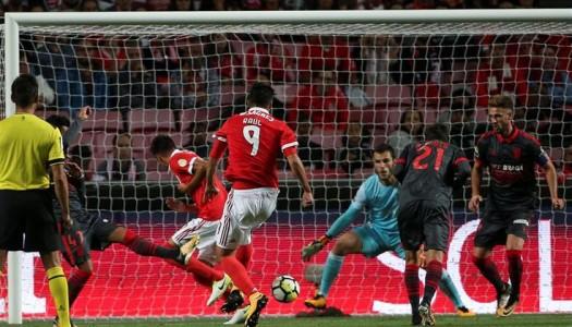 Ricardo Ferreira assegura empate na Luz