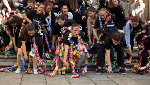 Latada: o dia em que as latas saíram à rua (fotogaleria)