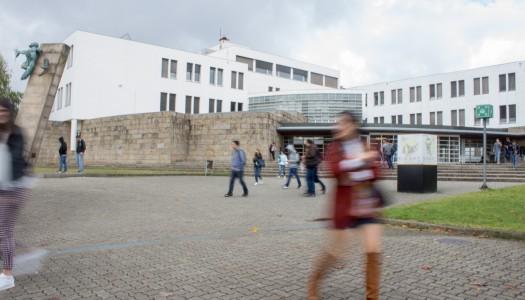 Universidades incapazes de integrar estudantes estrangeiros