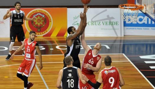 Vitória SC alcança quinta vitória consecutiva