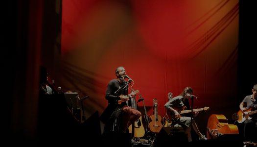 Miguel Araújo e Theatro Circo a uma só voz