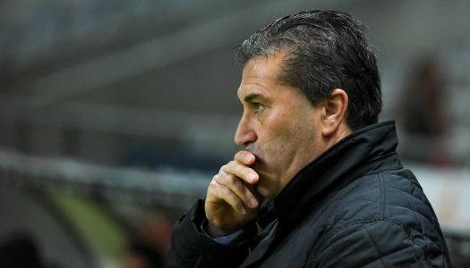 José Peseiro deixa comando técnico do Vitória SC