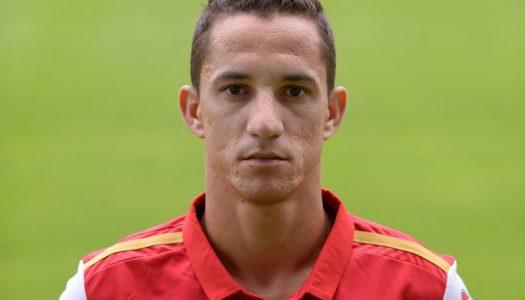 Mauro termina carreira aos 27 anos