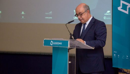 Ministro da Defesa na primeira conferência mundial sobre materiais avançados para a defesa