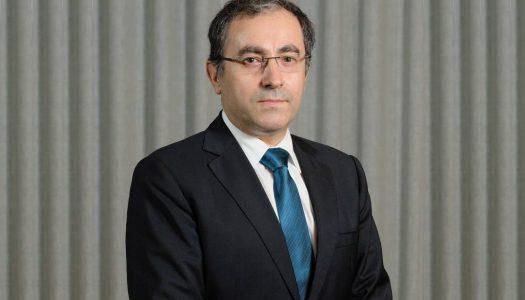 UMinho. Carlos Menezes toma posse como novo administrador