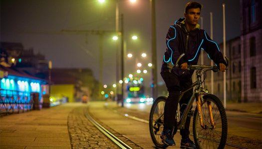 Empresa famalicense cria casaco que brilha no escuro