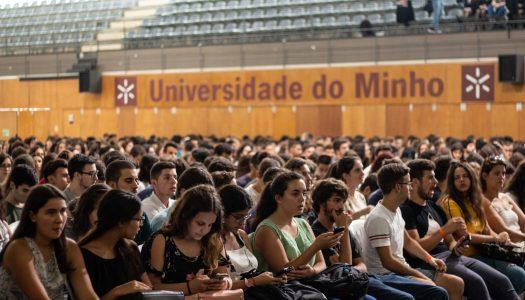 Descobre a média do último colocado em cada curso na Universidade do Minho