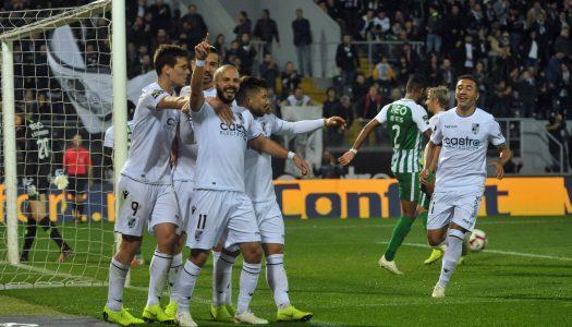Vitória SC vence e sobe ao quinto lugar