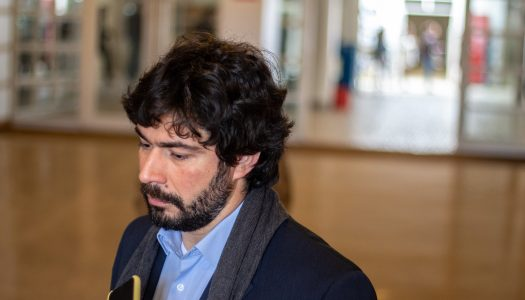 """João Pimenta Lopes: """"A UE faz a apologia de informações que não são verdadeiras"""""""