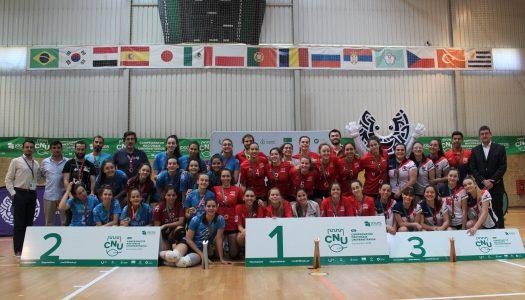 CNU's. AAUM sobe ao segundo lugar do pódio em voleibol feminino