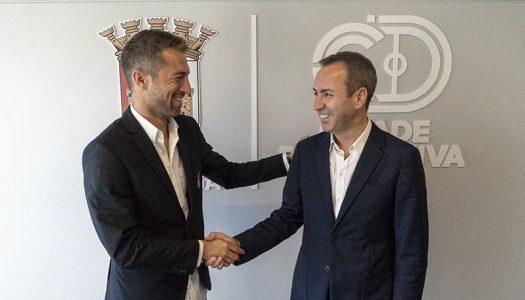 Miguel Santos continua no comando do SC Braga
