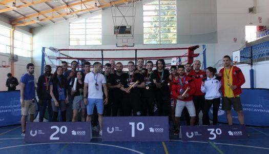 AAUM de prata no nacional universitário de Kickboxing