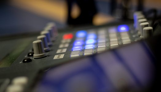 """Entre o éter e o digital, """"a rádio é aquilo que somos"""""""