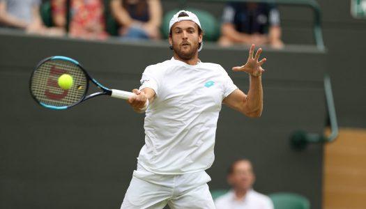 João Sousa cai nos oitavos de final de Wimbledon