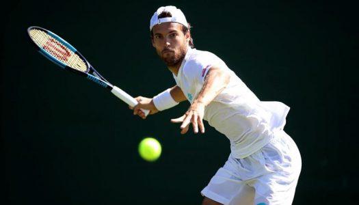 João Sousa cai na primeira ronda do ATP 500 de Roterdão