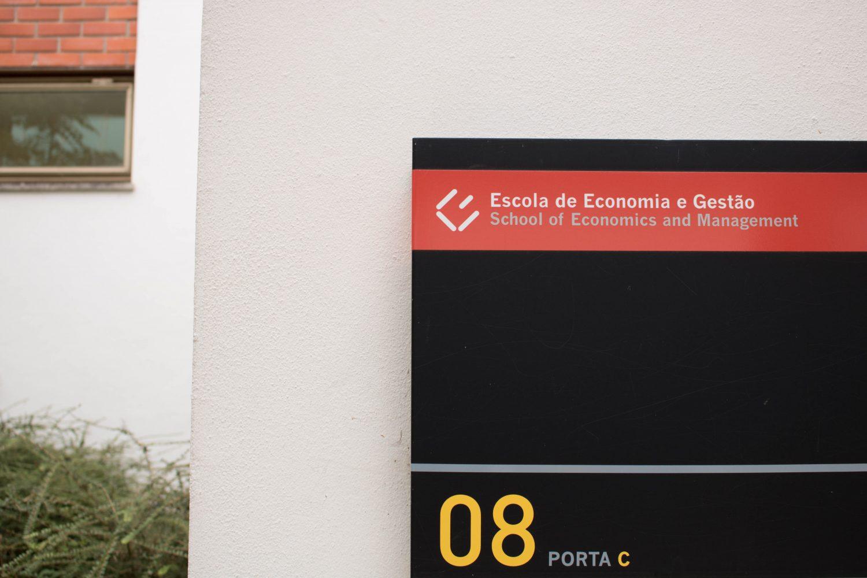 Escola de Economia e Gestão CECRI Jornadas de Ciência Política UMinho, UMinhoExec