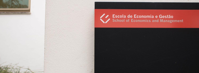 Escola de Economia e Gestão__stock