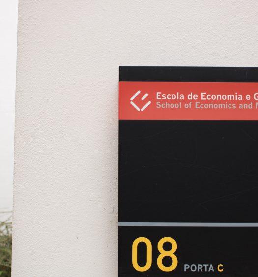Escola de Economia e Gestão CECRI Jornadas de Ciência Política UMinho