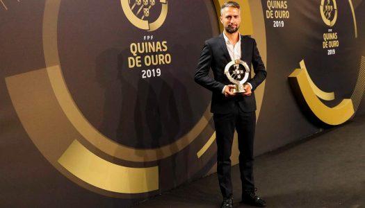 Quinas de Ouro. Miguel Santos é o treinador do ano de Futebol Feminino