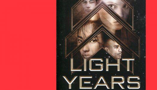 Light Years: o livro que de light, tem tudo