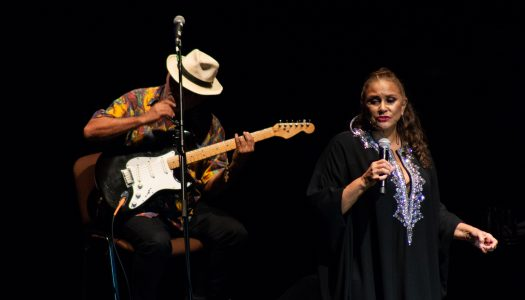 Do fado ao carimbó, Fafá de Belém encanta plateia em Braga