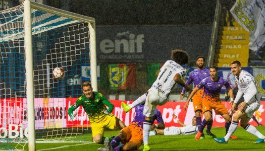 FC Famalicão e Moreirense empatam em noite de chuva de golos