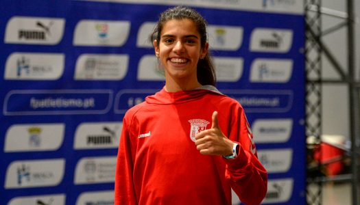 Mariana Machado conquista duas medalhas de ouro nos Nacionais de pista coberta