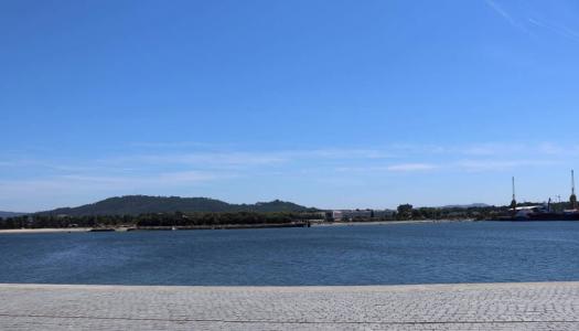 Parquímetros e Parque de Estacionamento do PECA gratuitos até final do ano