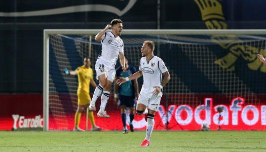 FC Famalicão vence FC Porto no regresso à competição