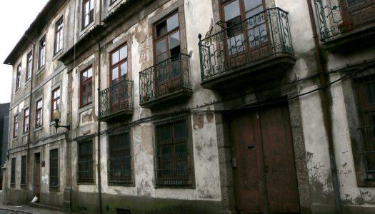 Escola de Santa Luzia pode ser transformada numa residência universitária