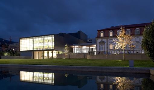 Centro Cultural Vila Flor recebe Manel Cruz, Glockenwise e Alice Phoebe Lou