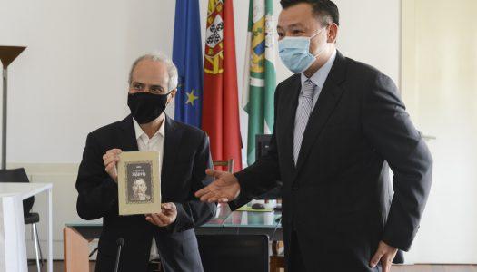 Domingos Bragança recebe embaixador do Cazaquistão em Portugal