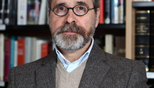 """Professor da UMinho coordena """"História da Filosofia Política"""""""