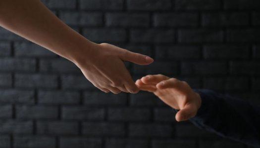Suicídio: Como combater o estigma e ajudar na prevenção?