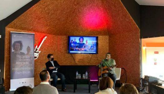 """""""Música com Arte"""" no 7º Café Intercultural"""